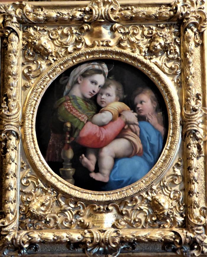 Raphael Sanzio, Madonna della Seggiollo, Pitty Palace, Florence, Italy